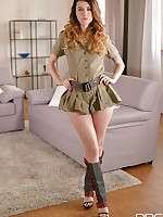 Pussy Pleasured Pronto - Army Babe Commands Attention free photos and videos on 1By-Day.com