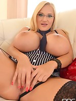 Hello Dolly - Blonde Babe With Big Tits Enjoys Anal Insertion free photos and videos on DDFBusty.com